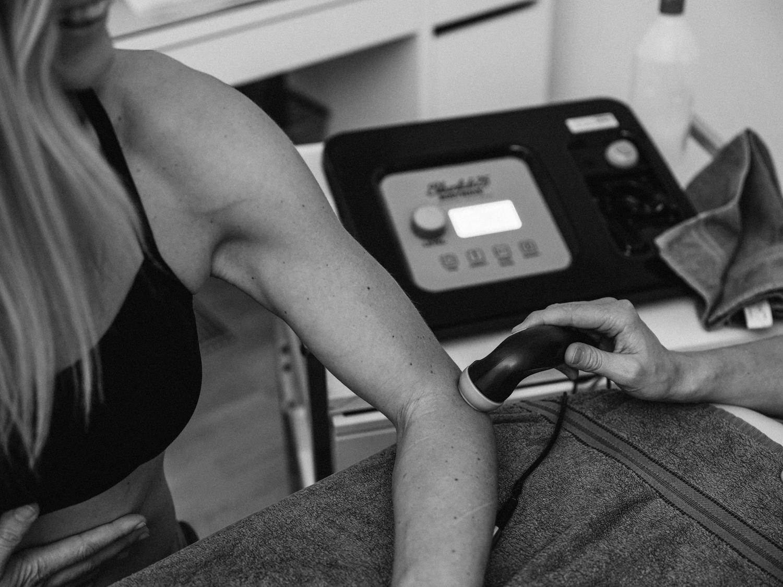 Scan Lab Behandlung des Ellbogens